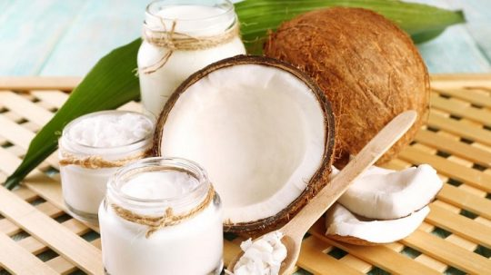 Cách chữa chàm bằng dầu dừa