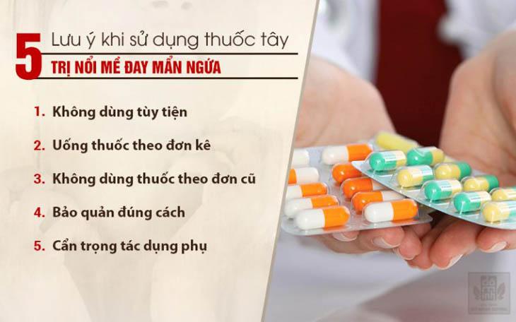 Thận trọng khi sử dụng thuốc Tây trị nổi mề đay toàn thân