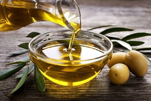 Chữa bệnh chàm bằng dầu oliu có hiệu quả?