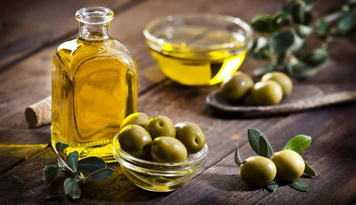 Chữa bệnh chàm bằng dầu oiu