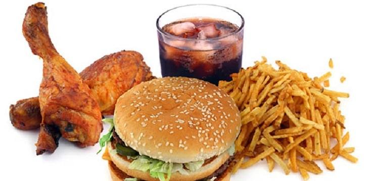 Thực phẩm chứa nhiều chất béo làm rối loạn các chức năng gan, thận,...