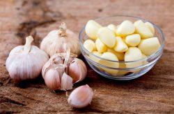 Chữa đau dạ dày bằng tỏi có phải là cách tốt nhất?