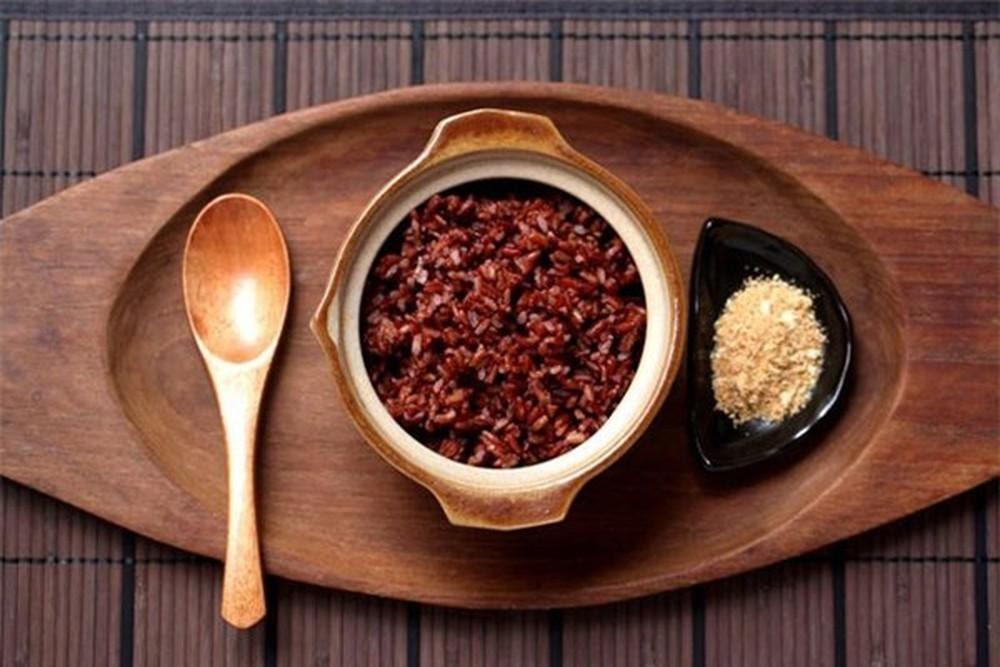 Thực dưỡng là phương pháp sử dụng gạo lứt để chữa đau dạ dày