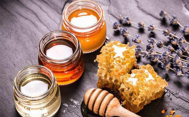 Chữa vảy nến bằng dầu dừa và mật ong là phương pháp hiệu quả nhất