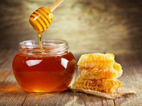 Chữa đau dạ dày bằng mật ong, gừng và chanh