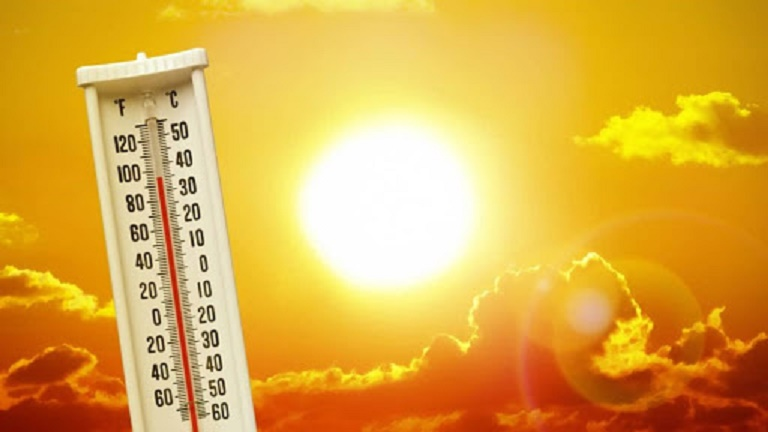 Trời quá nóng có thể gây viêm da dị ứng thời tiết