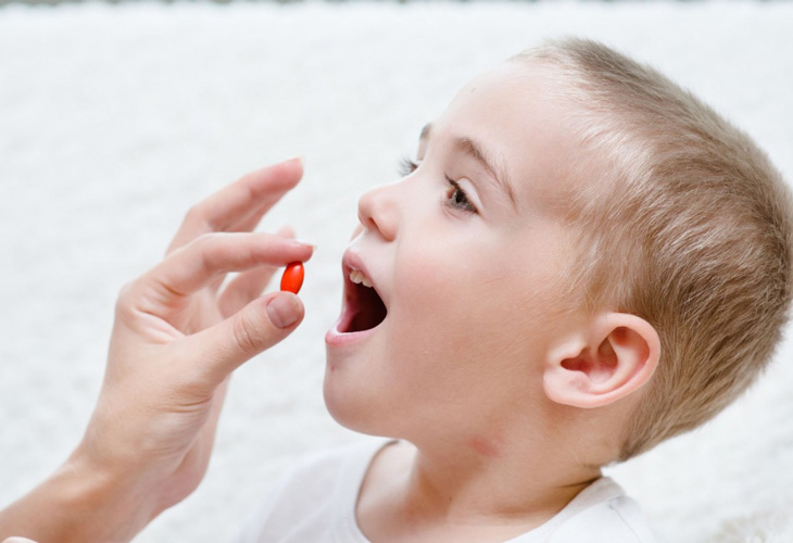 Hết sức cẩn thận khi sử dụng thuốc cho trẻ em