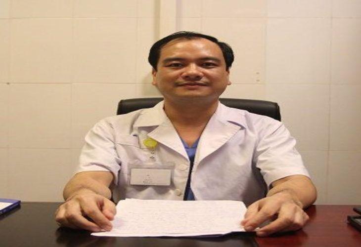 Bác sĩ chuyên khoa 2 Trần Quyết Thắng là một trong những bác sĩ chữa viêm lộ tuyến giỏi được nhiều người tin tưởng