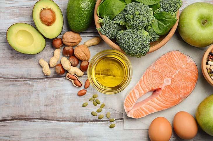 Các thực phẩm có nhiều acid béo Omega-6 gây ảnh hưởng đến việc trị mụn nhọt