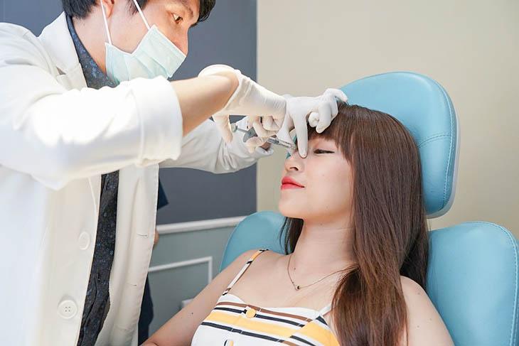 Một số lưu ý dành cho người bị viêm xoang đi nâng mũi