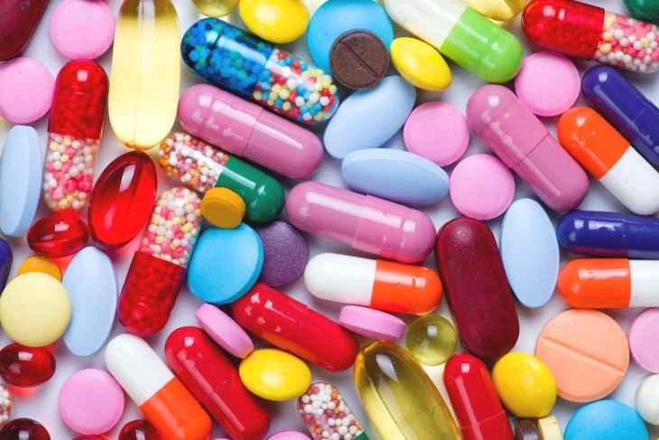 Điều trị bằng thuốc tây sẽ giúp giảm nhanh các triệu chứng của viêm họng hạt ở lưỡi