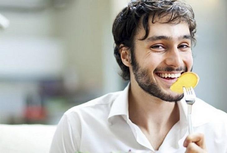 Ăn gừng tươi là một cách chữa xuất tinh sớm tại nhà đơn giản