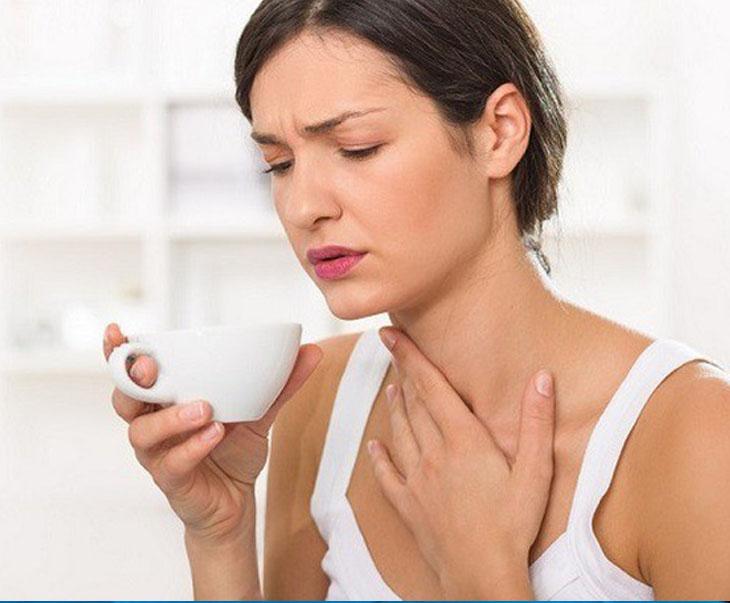 Viêm amidan và viêm họng có những biểu hiện rất dễ nhầm lẫn