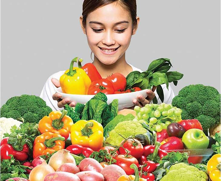 Thực hiện chế độ ăn đủ chất, tăng cường rau củ quả để phòng bệnh
