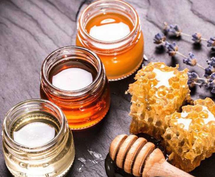 Chữa viêm amidan hốc mủ bằng mật ong nguyên chất
