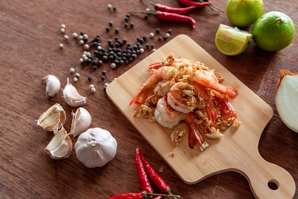 Chữa viêm da cơ địa bằng các món ăn từ tỏi