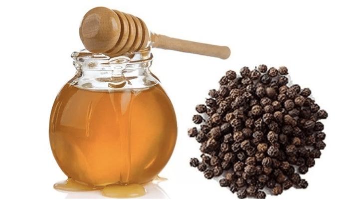 Sử dụng mật ong và tiêu đen chữa viêm họng mãn tính