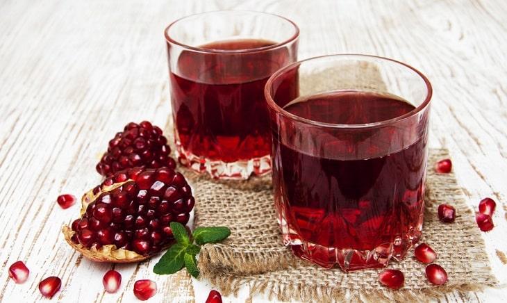 Bổ sung nước ép lựu đỏ mỗi ngày để cải thiện sinh lý