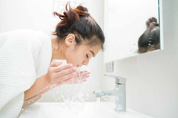 Luôn chứ ý giữ sạch da, tránh bụi bẩn