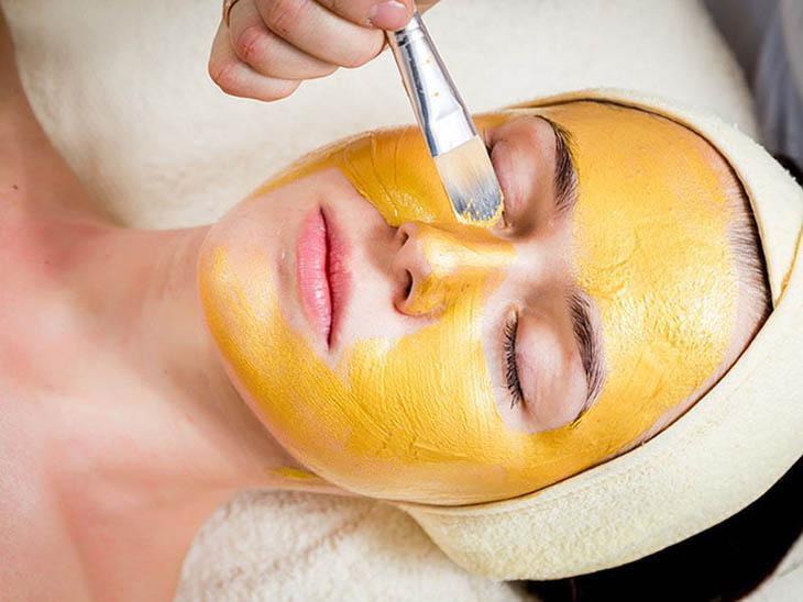 Tránh để mặt nạ tiếp xúc với những vùng da mỏng và nhạy cảm