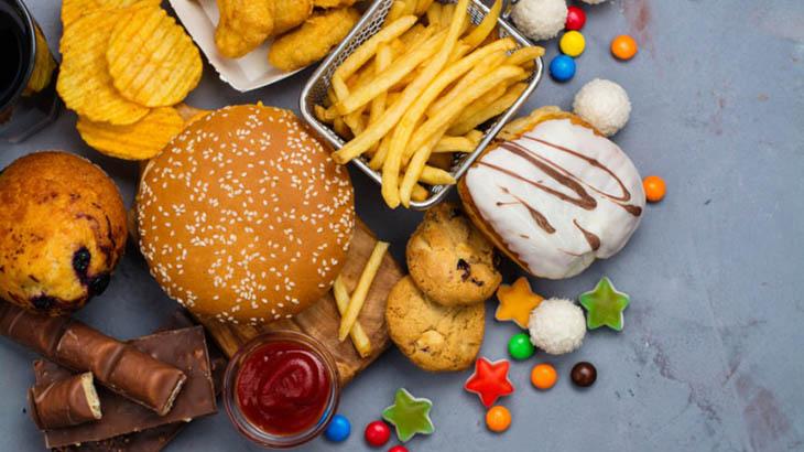 Thực phẩm chế biến và nhiều đường có thể gây viêm, tăng cân khó kiểm soát
