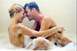 Tuyệt chiêu làm chuyện ấy trong nhà tắm lâu ra sướng run người