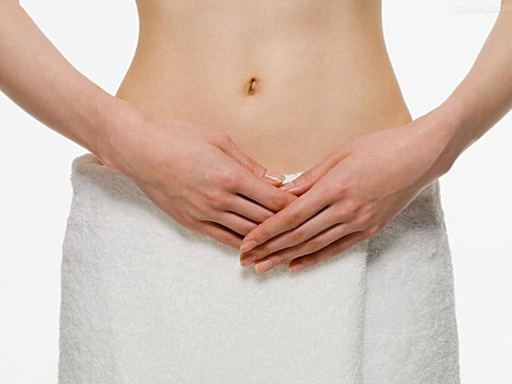 Người bệnh nên vệ sinh vùng kín sạch sẽ và không quan hệ tình dục khi đang điều trị bằng thuốc