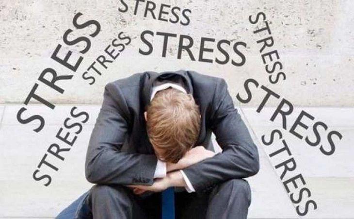 Căng thẳng, stress là những yếu tố gia tăng nguy cơ xuất tinh sớm ở nam giới