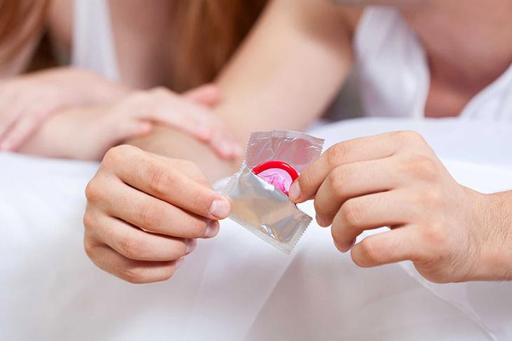 Dùng bao cao su là biện pháp bảo vệ hiệu quả an toàn nhất