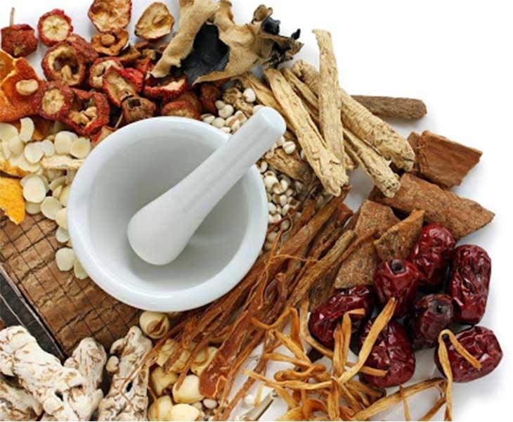 Đông y là phương pháp hiệu quả điều trị rong kinh đau bụng dưới