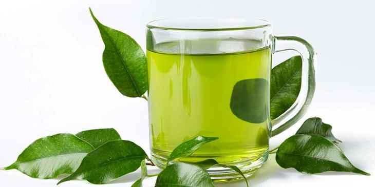 Nước trà xanh giúp diệt khuẩn, chống viêm, giảm dị ứng cho da