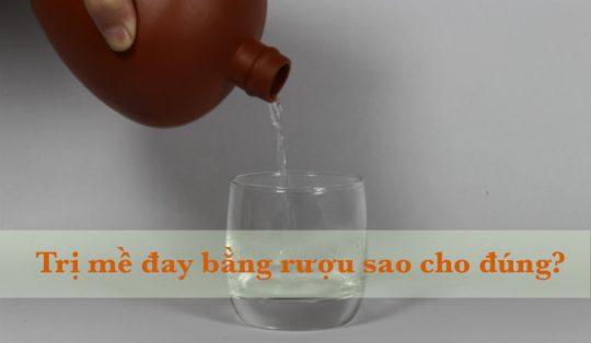 Trị mề đay bằng rượu đúng cách - Thận trọng khi thoa rượu lên da