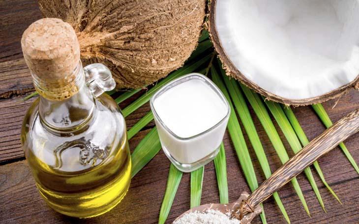 Trị viêm nang lông bằng dầu dừa cho hiệu quả cao, lành tính