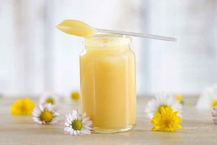 Sữa ong chúa có khả năng cân bằng nội tiết tố nữ, tăng cường Estrogen cho cơ thể