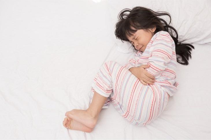 Viêm âm đạo ở trẻ em và những thông tin bố mẹ cần biết