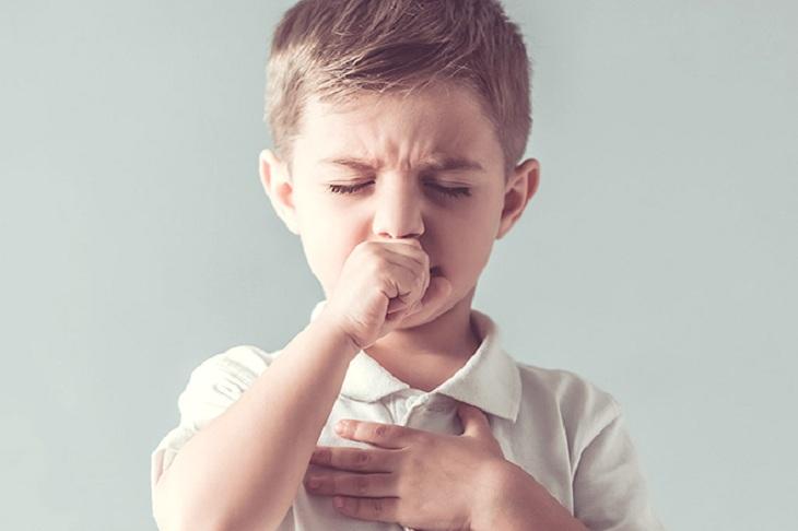 Viêm amidan khiến trẻ mệt mỏi quấy khóc trong vài ngày
