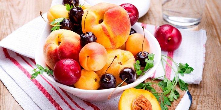Viêm cổ tử cung nên ăn gì? - Trái cây, rau củ là thực phẩm không thể thiếu