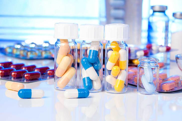 Thuốc tây có thể gây ra tác dụng phụ đối với sức khỏe