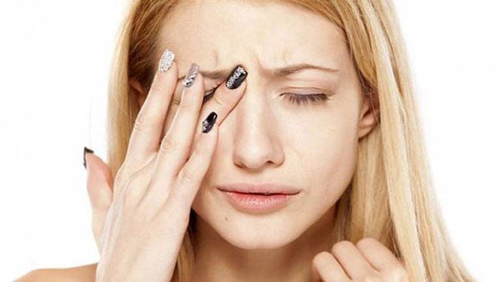Những triệu chứng dễ nhận ra khi viêm xoang đã ảnh hưởng tới mắt