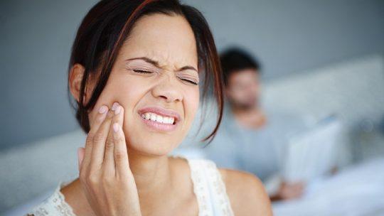 Viêm xoang gây đau răng khiến người bệnh luôn cảm thấy khó chịu