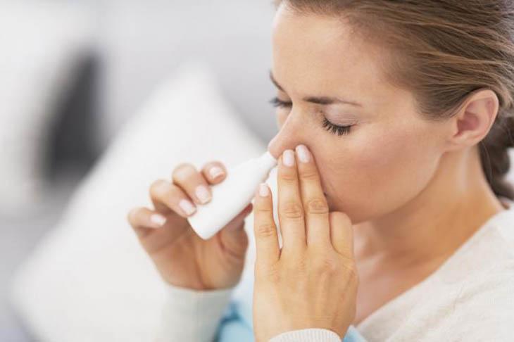 Giữ vệ sinh mũi khi điều trị viêm xoang cho bà bầu