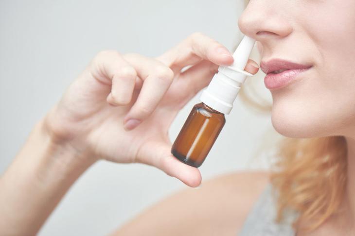 Dùng thuốc trị viêm xoang cần tuân theo chỉ định của vác sĩ chuyên khoa