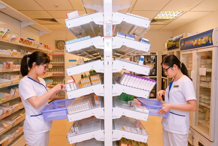 Đến các tiệm thuốc Tây hoặc các bệnh viên lớn để đảm bảo mua được Buscopan chính hãng