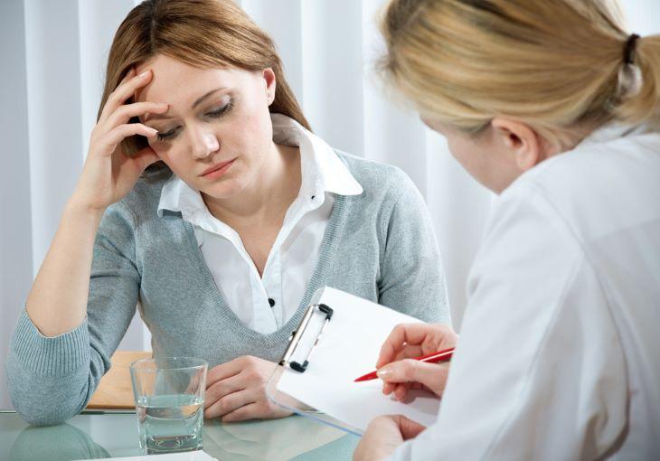 Người bệnh nên khai báo cho bác sĩ tình trạng sức khỏe và những loại thuốc đang sử dụng