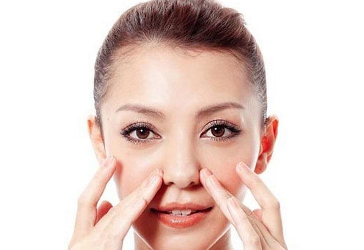 Có nhiều cách bấm huyết trị viêm mũi dị ứng