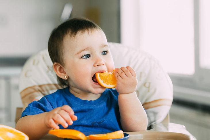 Bổ sung vào chế độ ăn của bé nhóm thực phẩm giàu vitamin và dinh dưỡng