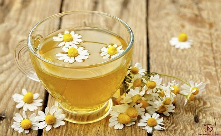 Cách chữa đau dạ dày cấp tốc tại nhà với trà hoa cúc