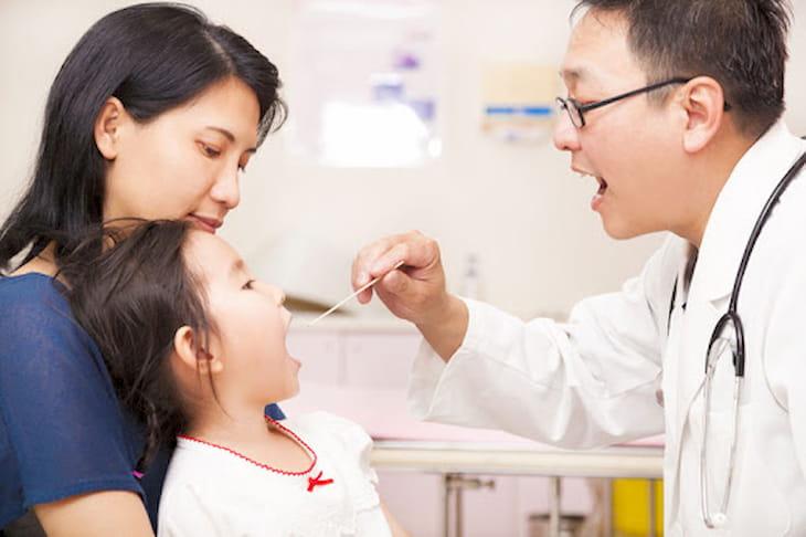 Các cách chữa viêm amidan cho trẻ tại nhà mang lại nhiêu lợi ích (ảnh minh họa)