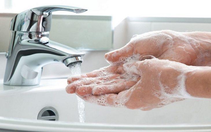 Người bệnh nên chú ý vệ sinh da đúng cách