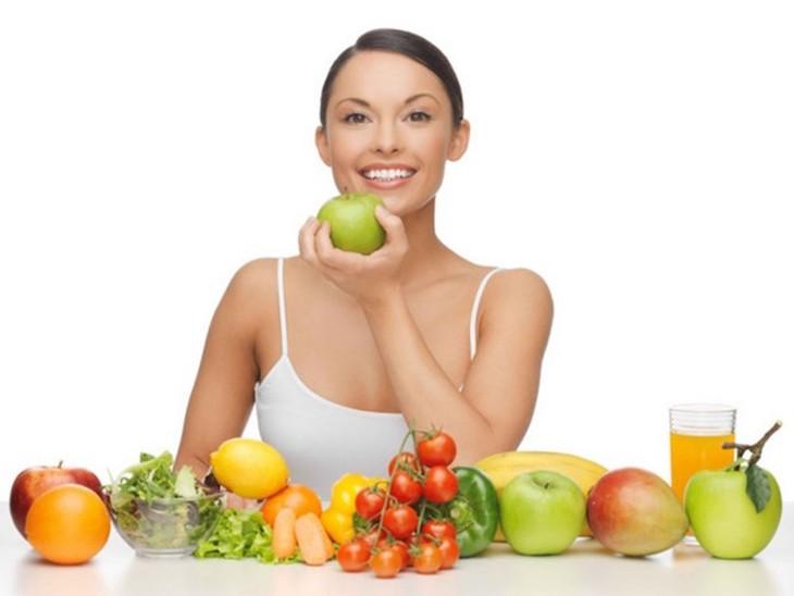 Tập thói quen ăn uống và sinh hoạt khoa học hàng ngày để cải thiện sức khỏe